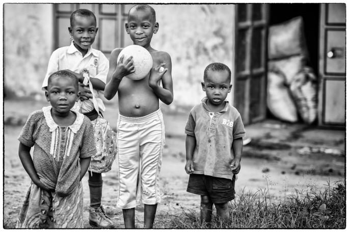 Nino Ardizzi, </span><span><em>from the Mityana, Uganda series</em>, </span><span>2017