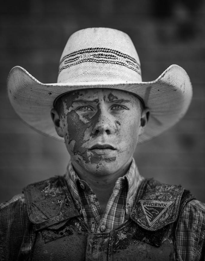 Leah Hennel, </span><span><em>Novice steer rider Kade McDonald of Melville, Sask.</em>, </span><span>2017