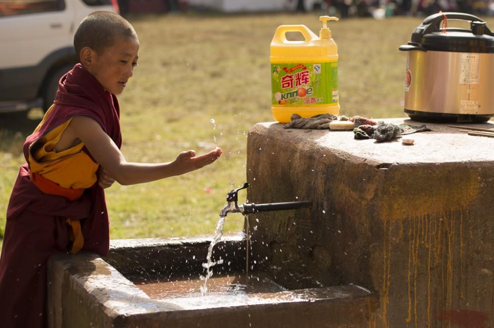 <em>Soul of Simultaneous Contrasts-Impression of Tibet</em>