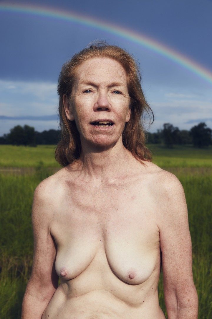 Charlie Engman, Mom with Rainbow, 2016. Courtesy of the artist.