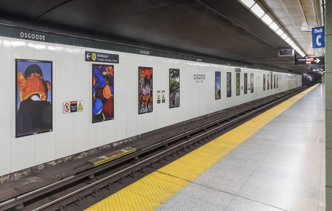 Wang Yishu, </span><span><em>Caught In-Between</em>, </span><span>2018. Installation at Osgoode Station, Toronto. Photo by Toni Hafkensheid