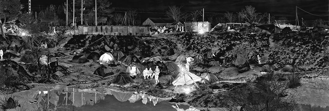 Richard Mosse, </span><span><em>Idomeni Camp, Greece</em>, </span><span>2016. © Richard Mosse. Courtesy of the artist and Jack Shainman Gallery, New York