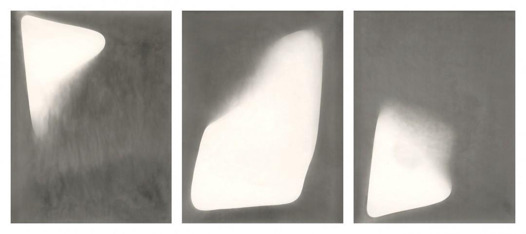 Alison Rossiter, </span><span><em>Eastman Kodak Bromesko (London)</em>, </span><span>Exact expiration date unknown, ca. 1940's. Courtesy of Stephen Bulger Gallery, Toronto and Yossi Milo Gallery, New York.