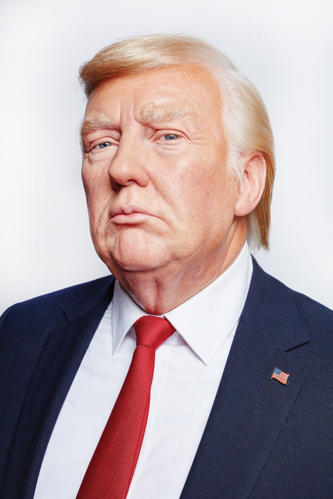 Peter Andrew Lusztyk, </span><span><em>This is not Donald Trump</em>, </span><span>2017. Chromogenic print, 72 × 48&quot;.