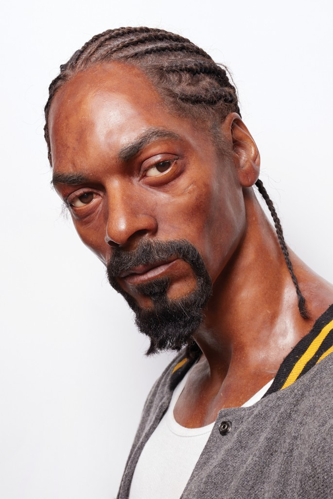 Peter Andrew Lusztyk, </span><span><em>This is not Snoop Dogg</em>, </span><span>2016. Chromogenic print, 72 × 48&quot;.