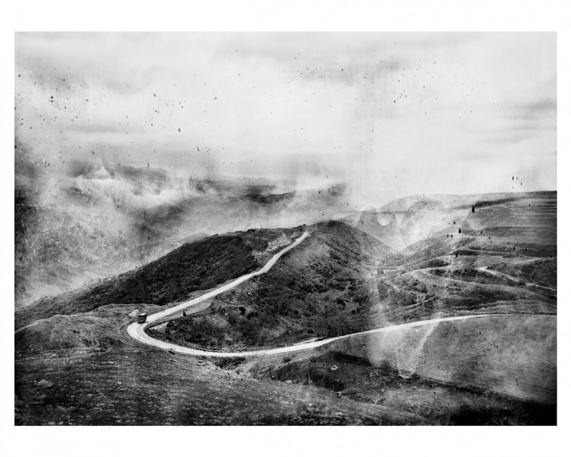 Osheen Harruthoonyan, </span><span><em>The Road</em>, </span><span>2011. Sepia and gold selenium toned gelatin silver print.