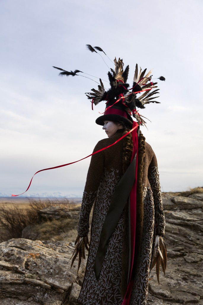 Meryl McMaster, </span><span><em>Bring Me To This Place</em>, </span><span>2017. Giclée print. Courtesy of the artist and Pierre-François Ouellette Art Contemporain