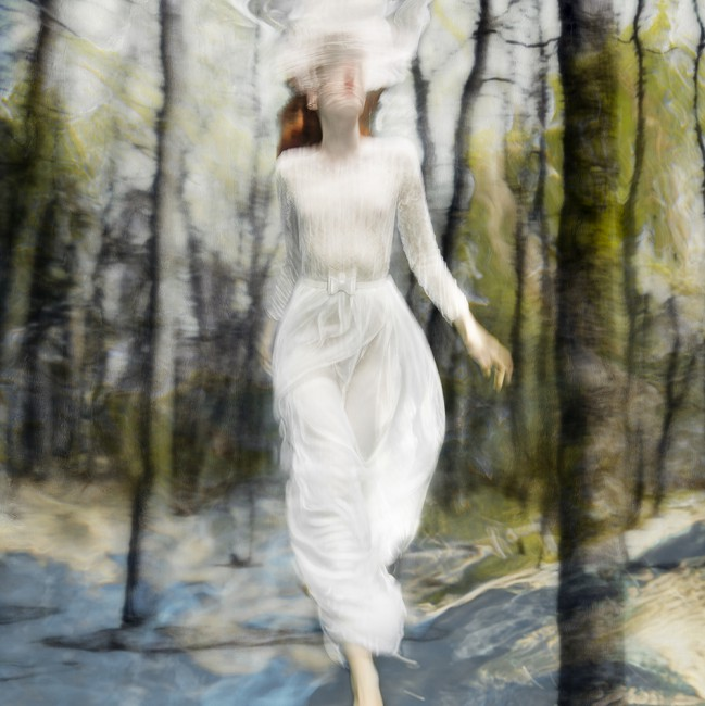 Barbara Cole , </span><span><em>Lost in Time, from Falling Through Time</em>, </span><span>2016. Chromogenic print,  48x48&quot;. Edition of 10