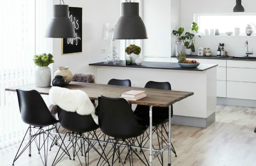 One Of The Key Characteristics Of Minimalist Interior Design Is A Balanced,  Simple Color Scheme. Use A Simple Palette Of Black And White Tones With  Natural ...