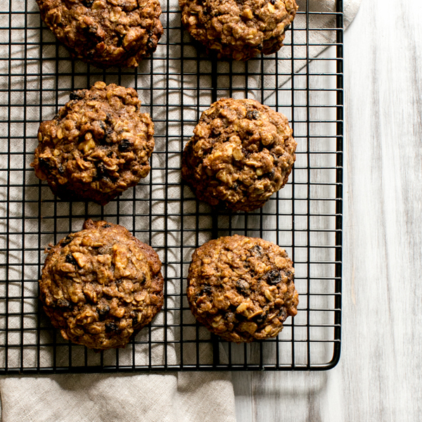 Teff Oatmeal Cookies with Whiskey Currants