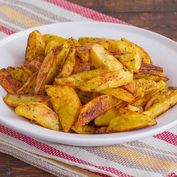 Crispy Indian Spiced Potato Wedges