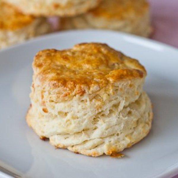 Fluffy Mozzarella Biscuits