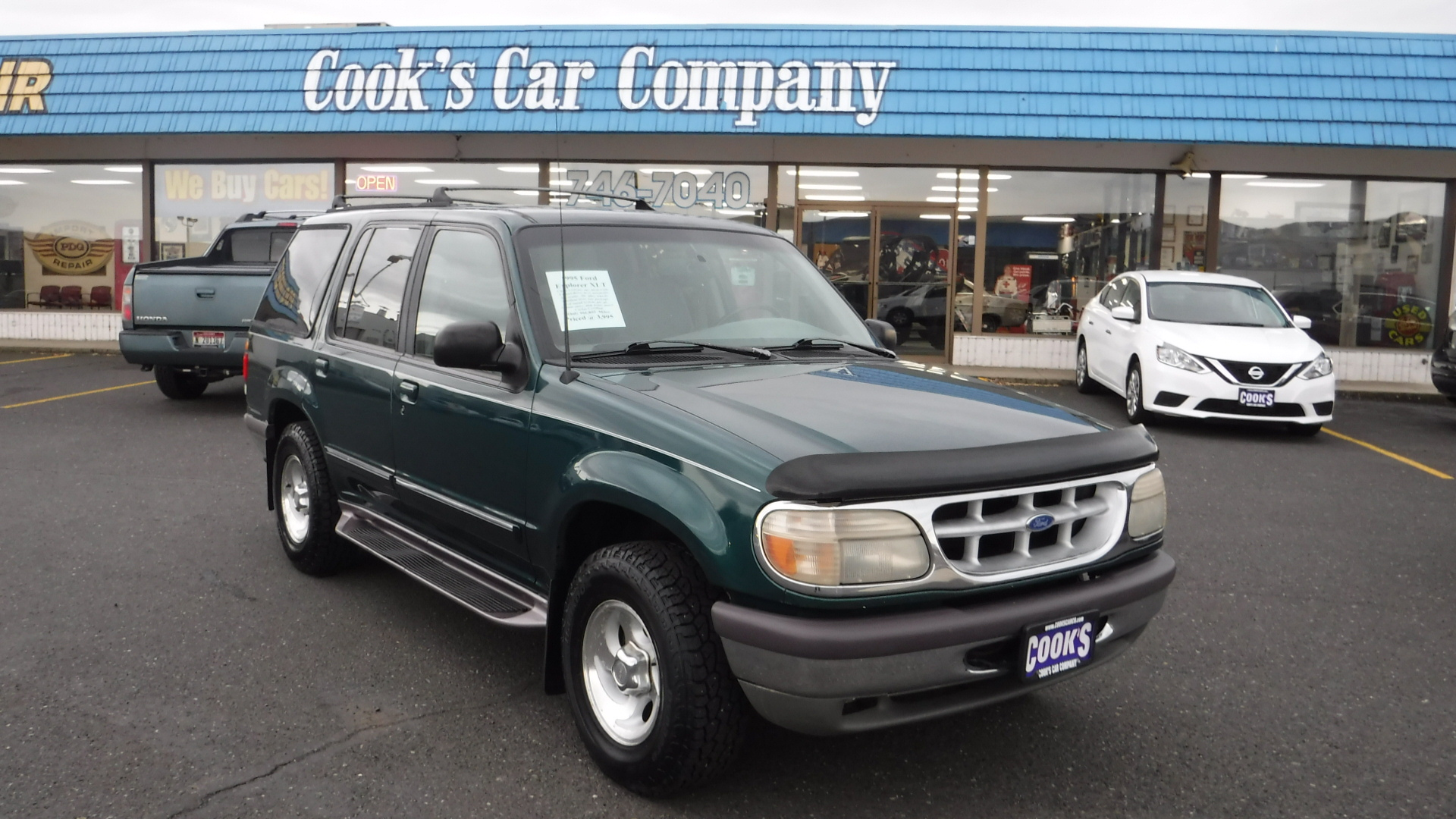 1995 Ford Explorer XLT 4×4 Clean 2-Owner SUV Local Trade-in