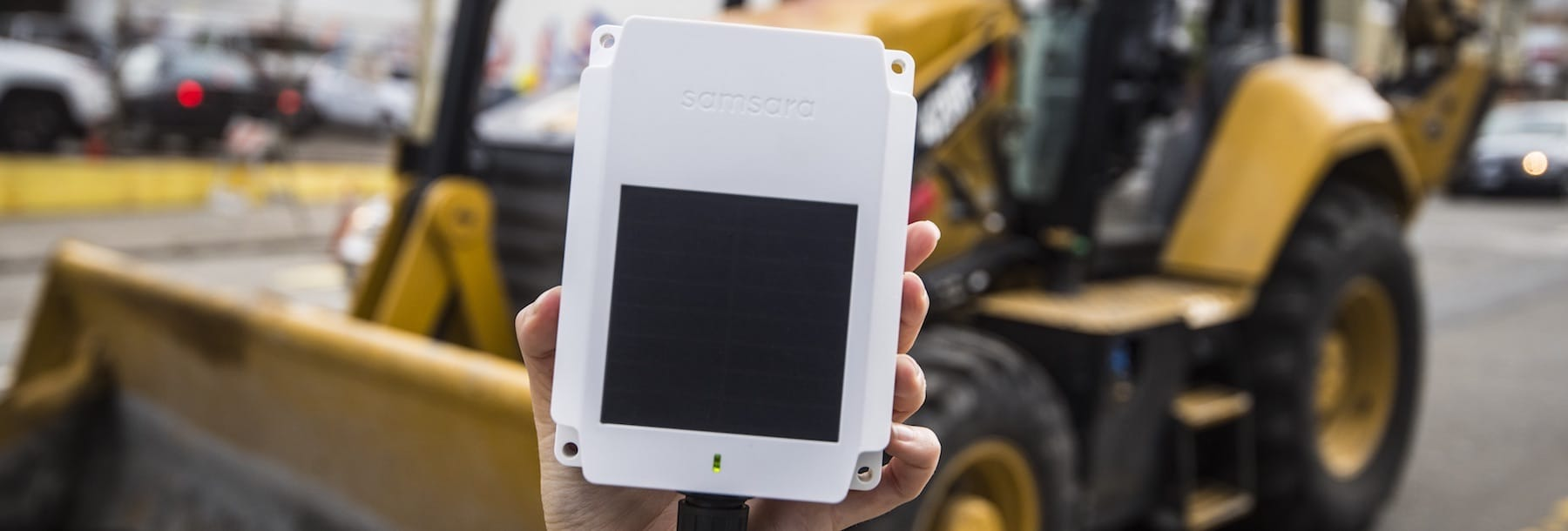 Introducing the Solar-Powered AG24 Gateway for Trailers & Mobile Assets