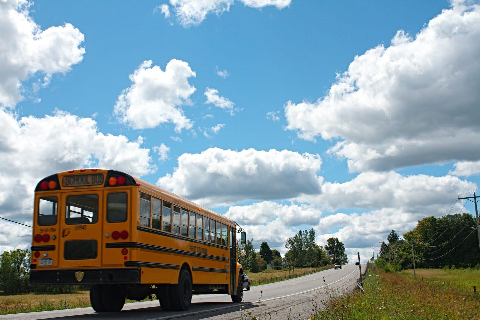 School-bus-kwrl