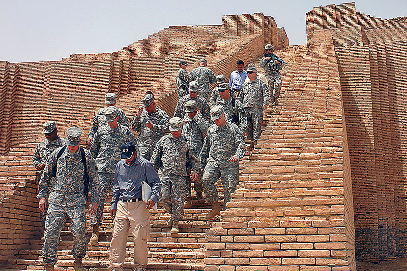 Close up shot of one of the ziggurat's external staircases. Approximately 20 soldiers can be seen in the photograph