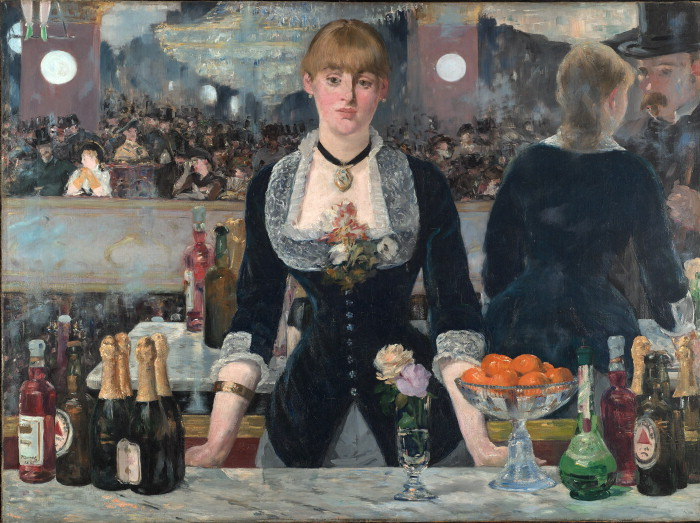 A young woman stands behind a bar. A mirror behind her reflects her customer, a man with a top hat, and the crowd behind him, who are watching some sort of trapeze act.