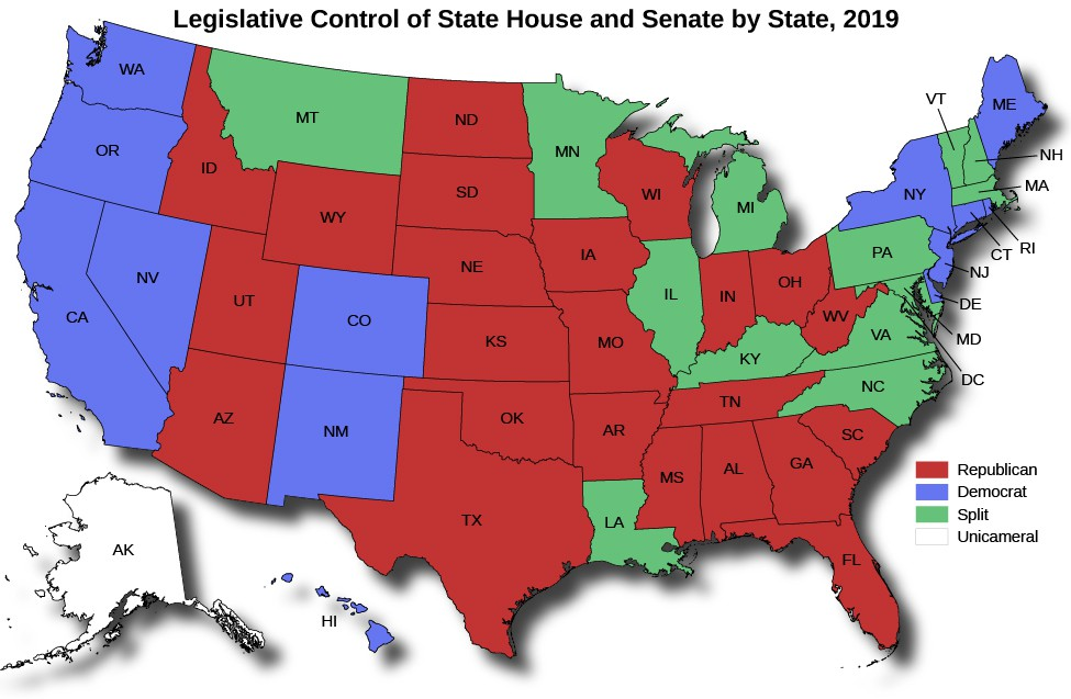 A map shows legislative control of state house and senate by state as of 2019. California, Hawaii, DC, Delaware, New Jersey, Connecticut, and Rhode Island are marked Democrat. Montana, Louisiana, Michigan, Illinois, New Hampshire, Vermont, Minnesota, Indiana, Kentucky, Virginia, Massachusetts, Pennsylvania, Maryland, and North Carolina are marked Split. Alaska is marked as unicameral.