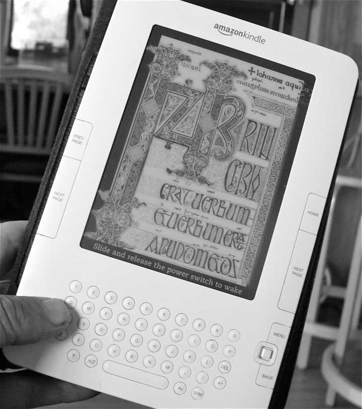 Image of the front face of the Amazon Kindle.