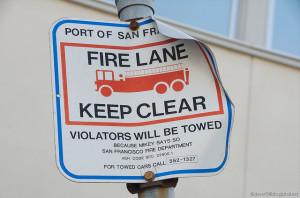 fire lane san fran sign
