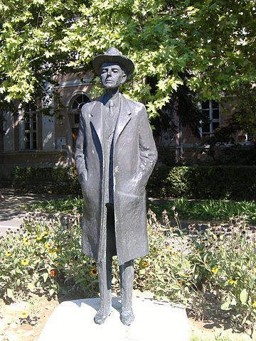 Figure 3. Statue of Bartók in Makó, Hungary.