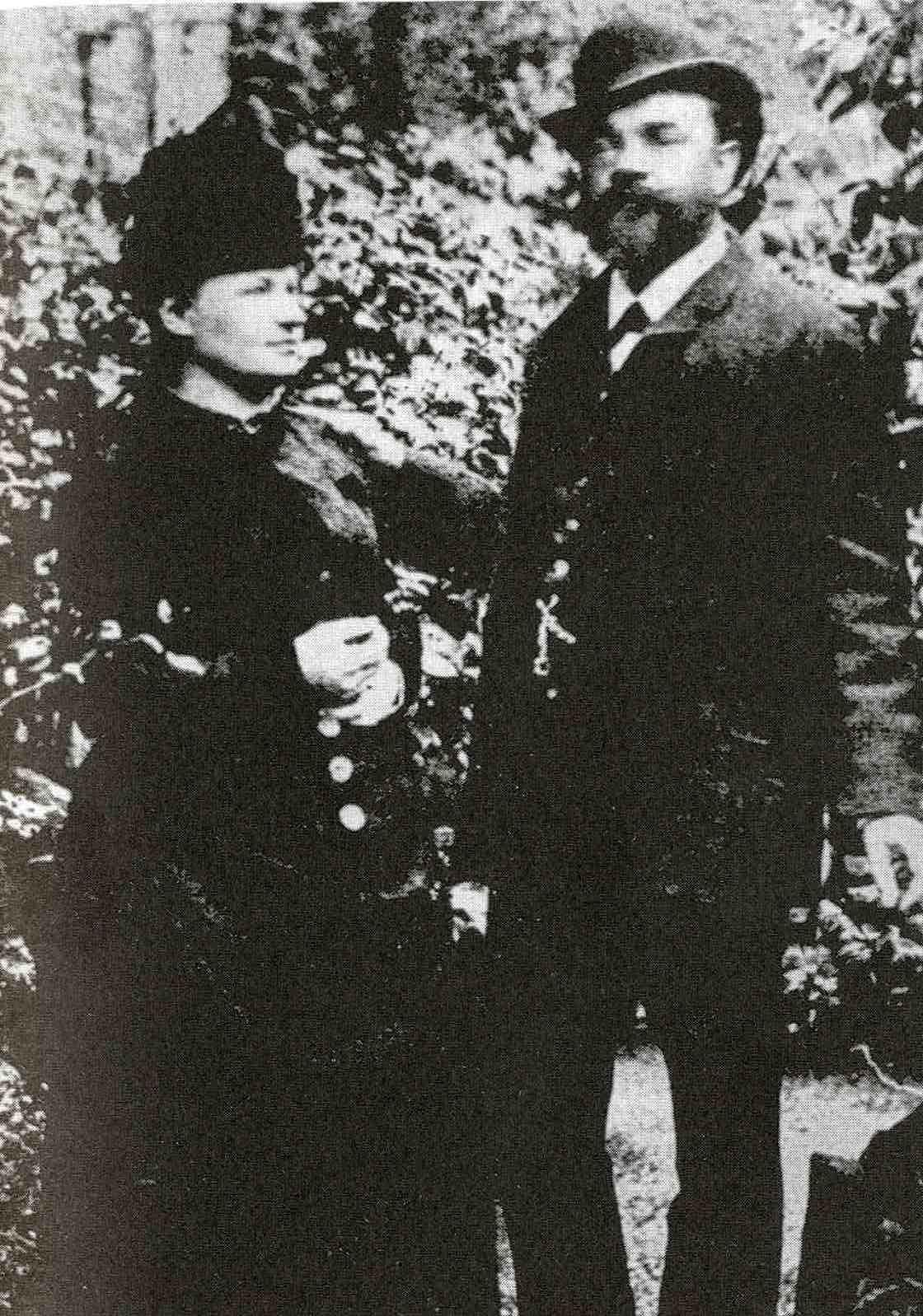 Antonín_Dvořák_with_his_wife_Anna_in_London,_1886