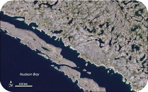 Imagem de satélite do antigo greenstone exposto por geleiras no escudo canadense