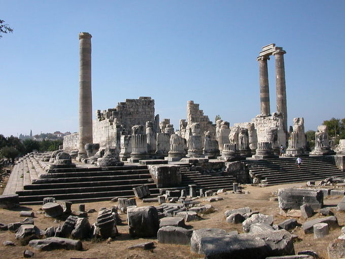 This is a photo of the ruins of the Temple of Apollo at Didyma. Begun around 313 BCE, this was both a temple and an oracle site in Didyma, Turkey.