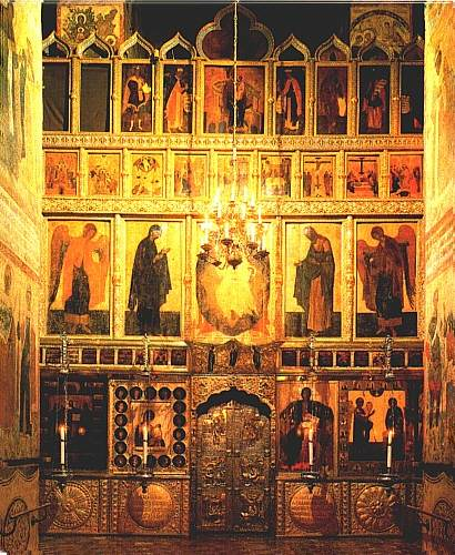 This photo shows the iconostasis of the Church of the Annunciation Designed by Theophanes the Greek.