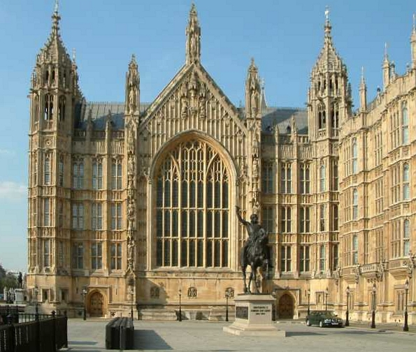 This image of the Palace of Westminster shows the characteristics of the Gothic Revival style: pointed arch, slender columns, heavily decorated surfaces.