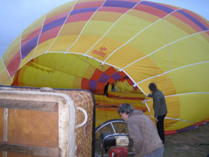How to Inflate a Hot Air Balloon