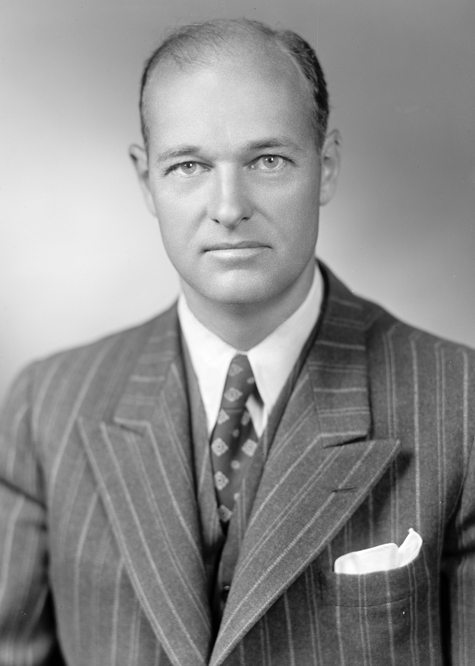 Photo portrait of George F. Kennan