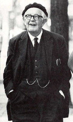 A photograph shows Jean Piaget.