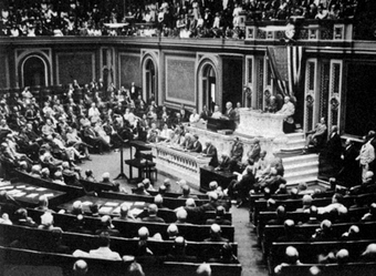 President Wilson before Congress, announcing the break in official relations with the German Empire on February 3, 1917.