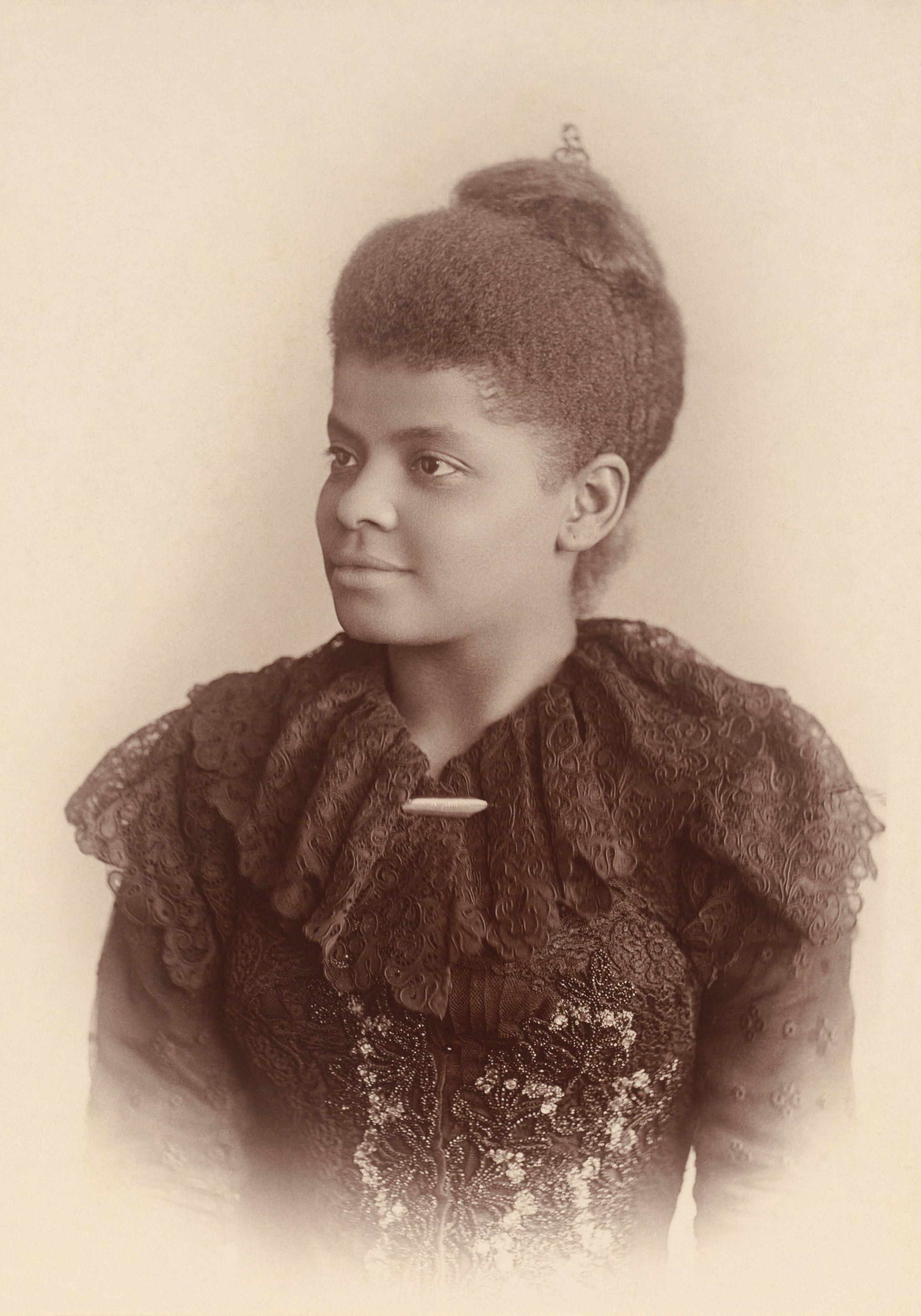 Photographic portrait of Ida B. Wells-Barnett.