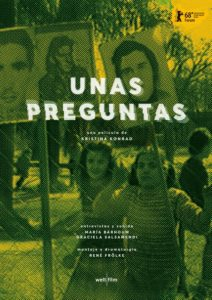 Movie poster for Unas Preguntas showing two women marching with signs