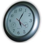 Clock showing 5:05
