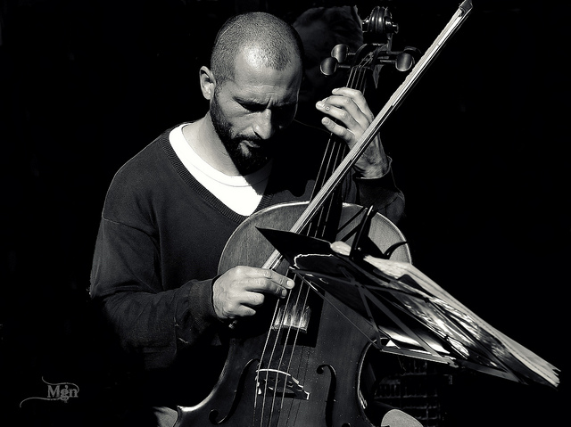 a male cello player