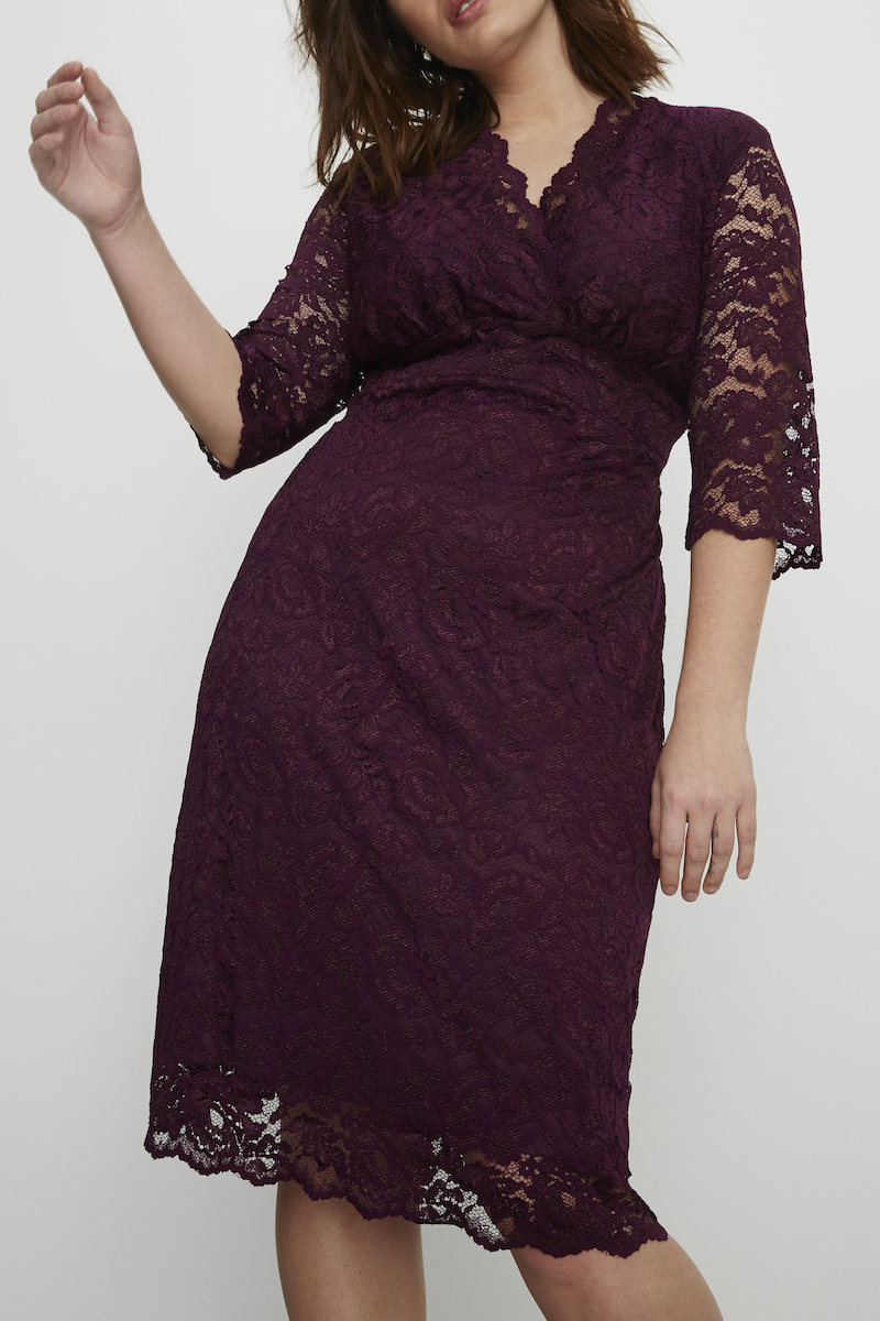 Kiyonna boudoir lace dress plus size wine Coverstory