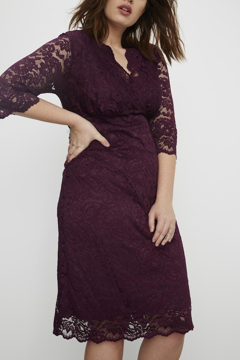 Kiyonna boudoir lace dress plus size wine