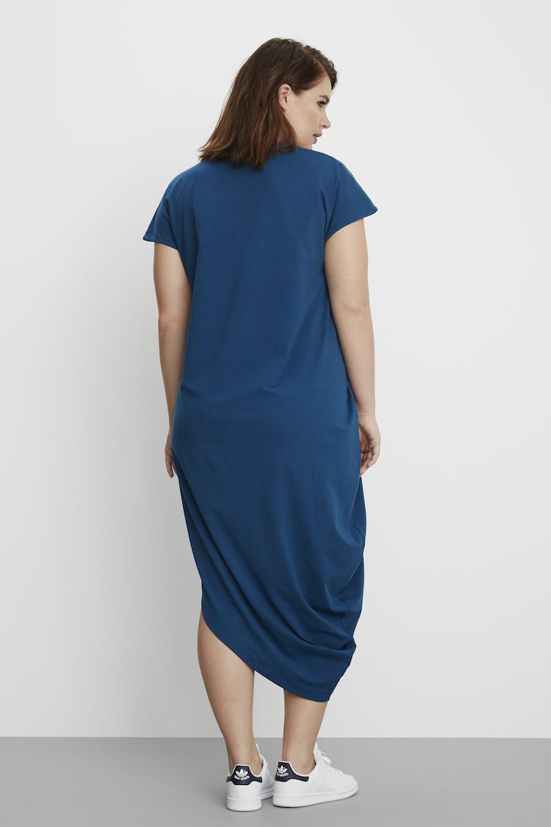 universal standard geneva dress patriot blue plus size fashion coverstorynyc
