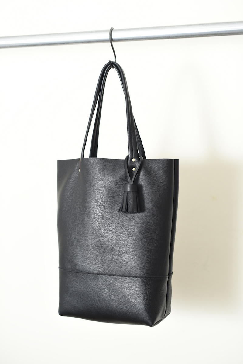 862 tote 2 black leather tote