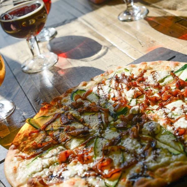 Can't Live without Pizza and Beer? Try These 8 Brewpubs and Breweries