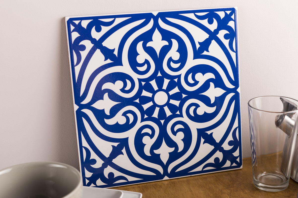 Floral Pattern Vinyl Decorated Tile Square