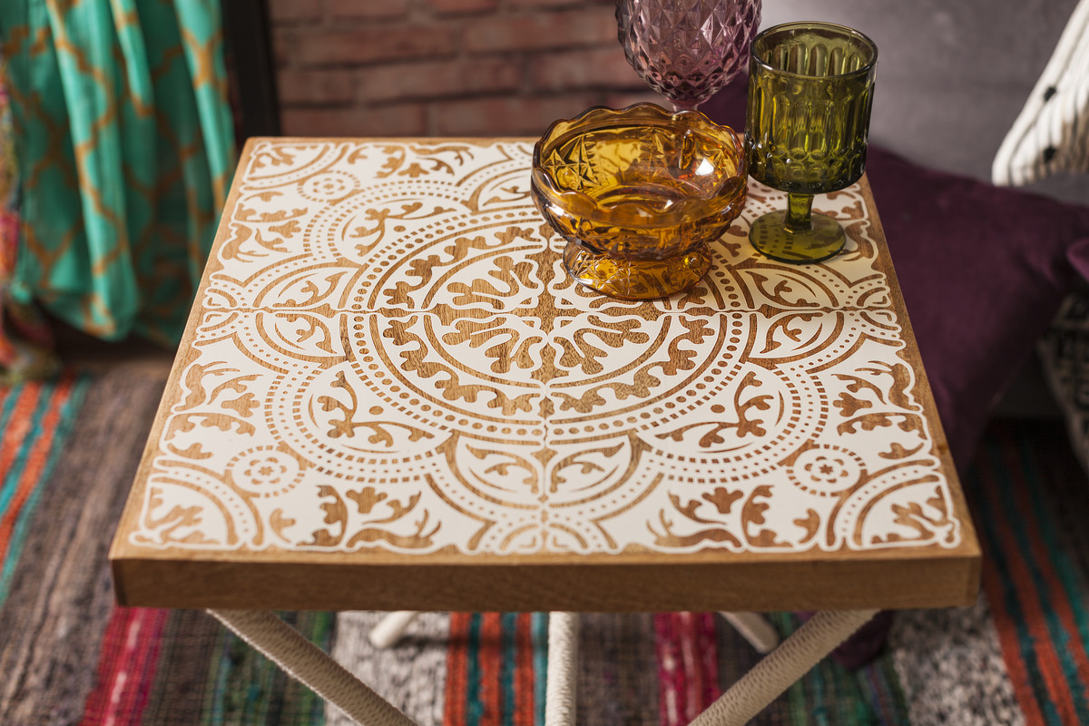 Vinyl tile decoration side table