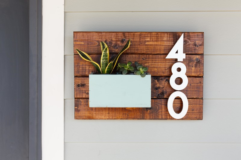 Modern House Number Decor
