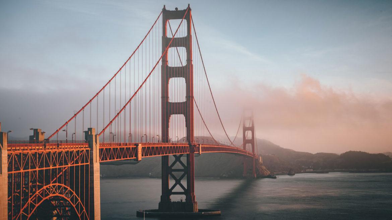 The golden gate bridge in San Francisco with fog