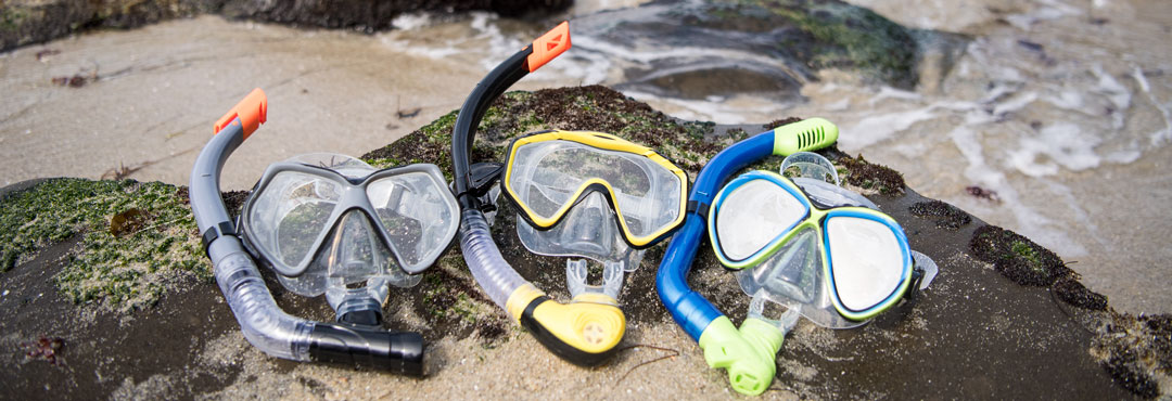 Leader Swim Snorkel Combo Kits feature a dive mask and snorkel