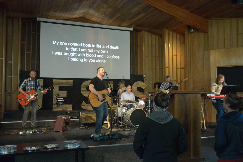 Crossway worship team (web)