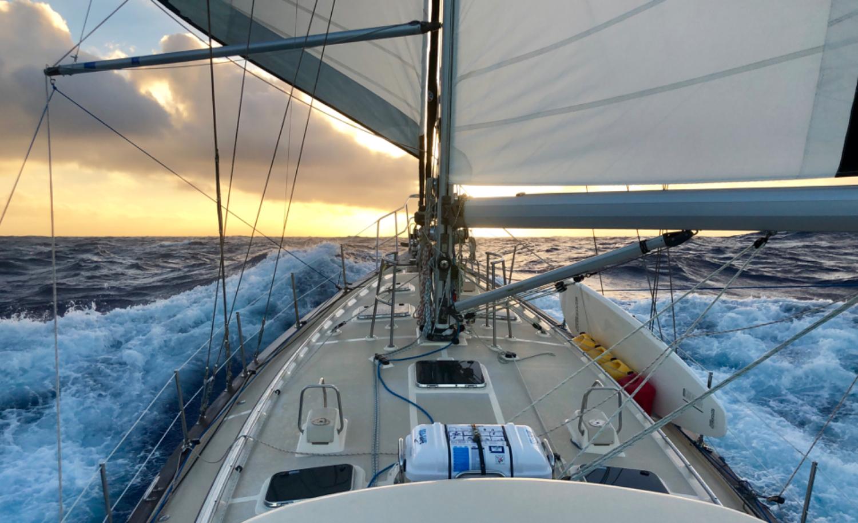 Sailing Blogs   CruiserSat Net